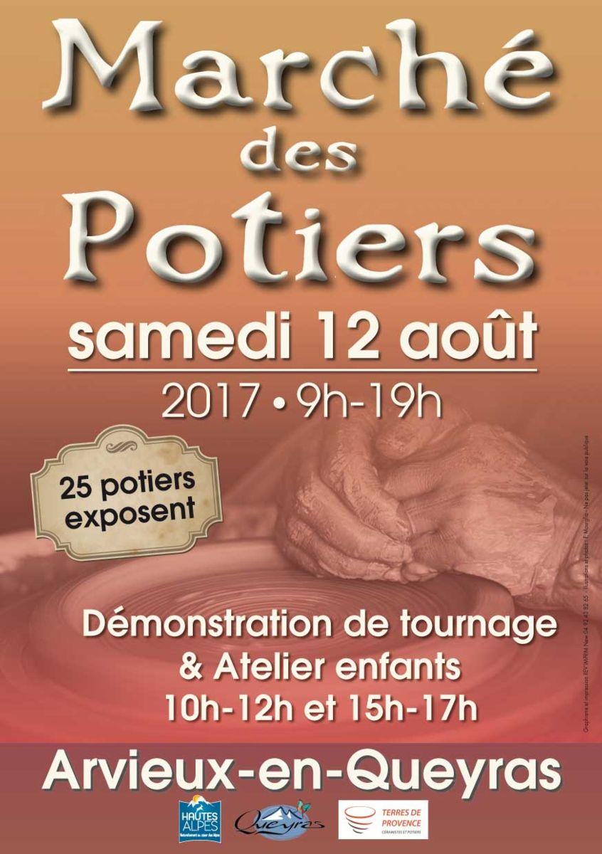 Marché potier de Arvieux (Hautes Alpes) le samedi 12 août 2017 - céramique et poterie