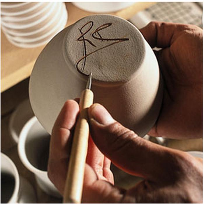Atelier de céramique Romain-Bernex à Aubagne - Arts de la table