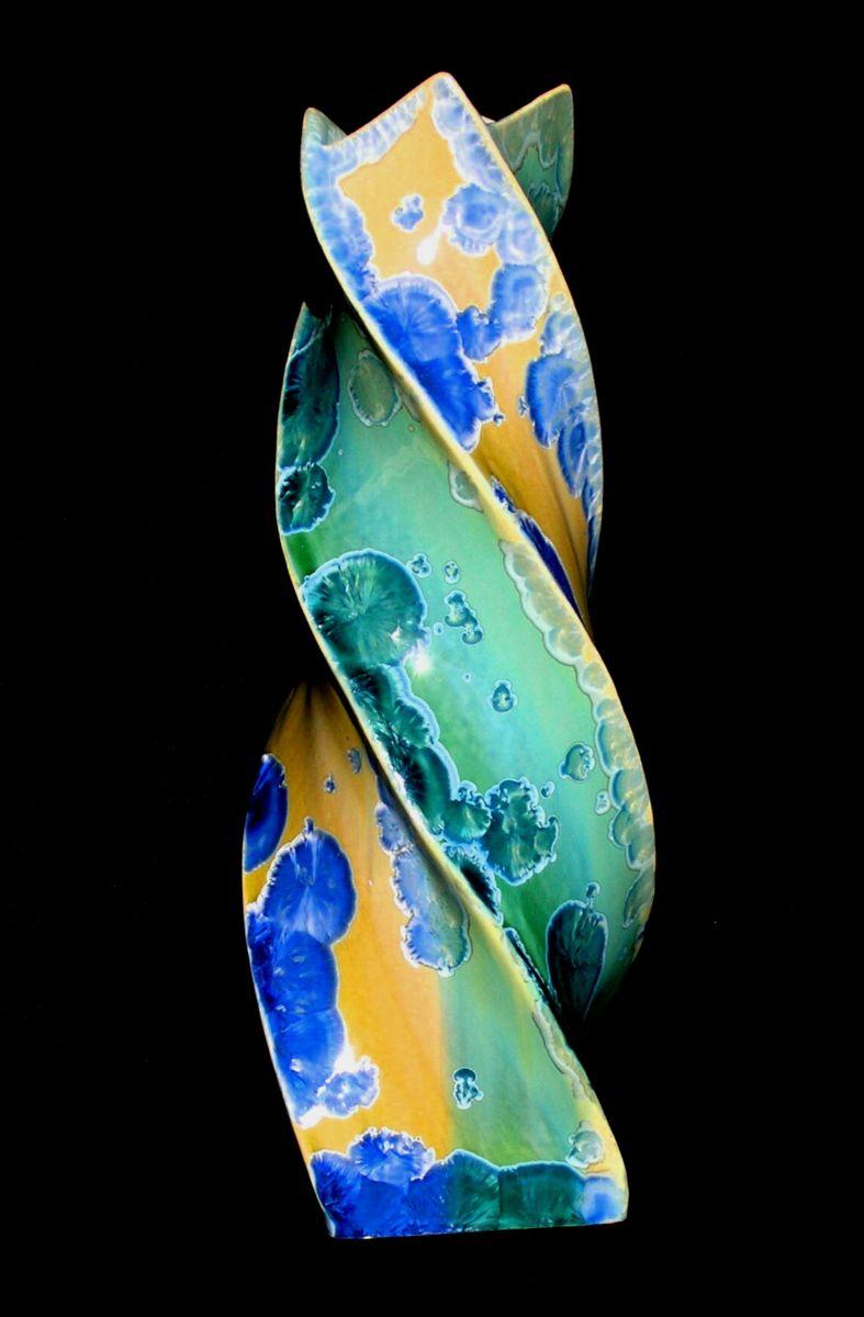 Atelier du Scorpion Brigitte et Pierre Henri Lacreuse Objets de décoration et art de la table Cristallisation, nucléation 83340 Le Thoronet