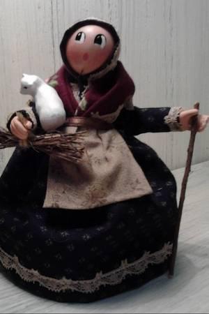 Les Cent Tons de Mamie Martine Morino Santons Naïfs habillés accessoires bois 83480 Puget-sur-Argens