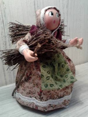 Les Cent Tons de Mamie Martine Morino et Jean Morino Santons Naïfs habillés Santons de crèches et accessoires bois 83480 Puget-sur-Argens